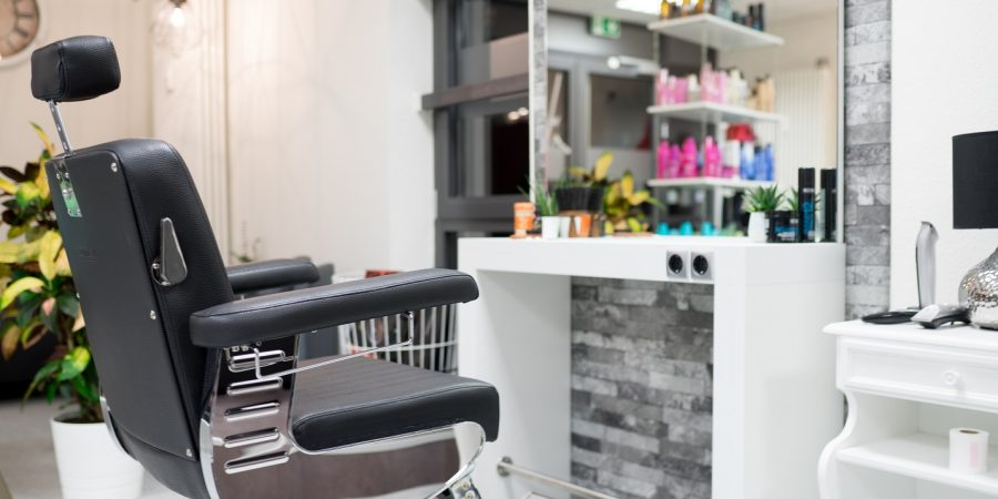 Der Herrenbereich für Haar- und Bartschnitte